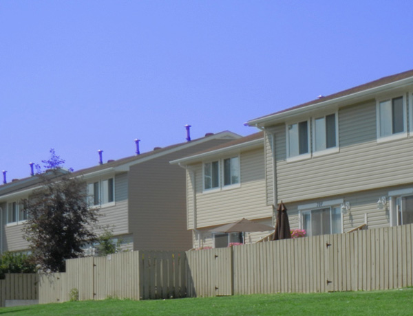 Signal Hill Place – 600 Signal Rd